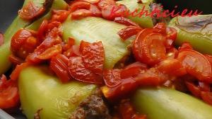 Plněná paprika s rajčaty