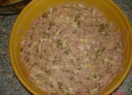 Pochoutkový-salát-