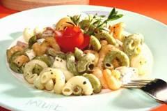 Těstoviny se smetanou, nivou a česnekem
